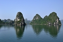 VIETNAM - Ha Long, Sa Pa